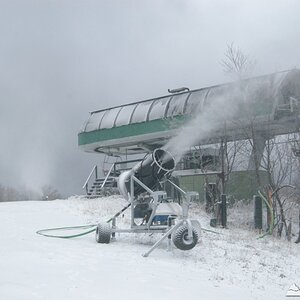 Snowmaking at Sunday River